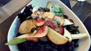 Stone fruit, pear and fig salad